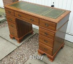 Antique Style Small Mahogany Desk Leather Top Pedestal Home Office Writing Desk