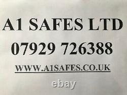 Leabank fire proof safe 1090# key & com locking all working fine home / office