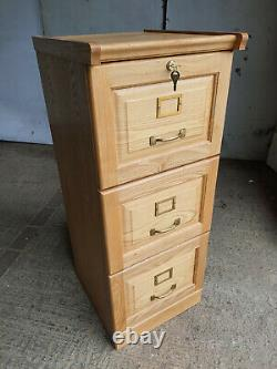 Small, A4, pine, 3 drawers, office, home, filing cabinet, files, cabinet, lock, ex display